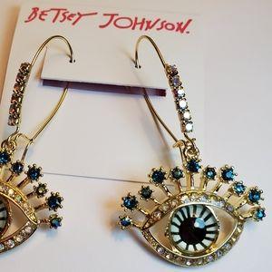 Betsey Johnson NWT eye dangle earrings
